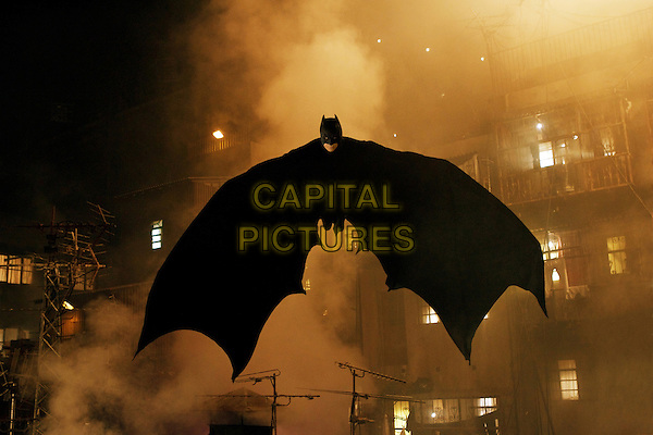 CHRISTIAN BALE .in Batman Begins.*Editorial Use Only*.www.capitalpictures.com.sales@capitalpictures.com.Supplied by Capital Pictures.