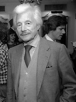 Oleg Cassini 1985<br /> Photo By Adam Scull/PHOTOlink.net