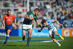 06/09/2018. Malvinas Argentinas Stadium, Mendoza, Argentina. The Rugby Championship 2018, Round 2, Los Pumas beat the Spingboks at home 32 to 19. Malcolm Marx trying to escape from Gonzalo Bertranou defensive tackle.  /Maximiliano Aceiton/Trysportimages