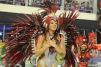SAO PAULO, SP, 25 DE FEVEREIRO 2012 - DESFILE DAS CAMPEÃS DO CARNAVAL SP - MANCHA VERDE: Panicat Juju da escola de samba Mancha Verde no desfile das Campeãs do Carnaval 2012 de São Paulo, no Sambódromo do Anhembi, na zona norte da cidade, neste sábado.(FOTO: LEVI BIANCO - BRAZIL PHOTO PRESS).