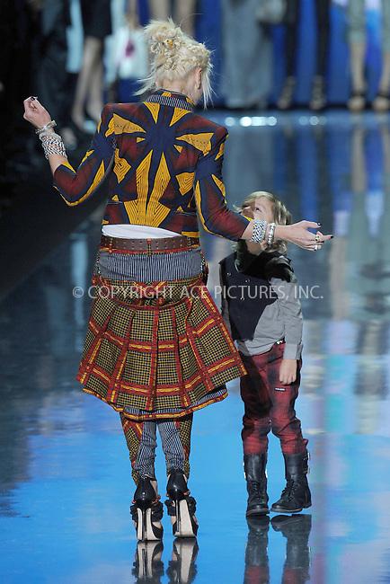 WWW.ACEPIXS.COM . . . . . .September 16, 2010, New York City....Gwen Stefani and Kingston Rossdale at the L.A.M.B Fashion Show on September 16, 2010 in New York City....Please byline: KRISTIN CALLAHAN - ACEPIXS.COM.. . . . . . ..Ace Pictures, Inc: ..tel: (212) 243 8787 or (646) 769 0430..e-mail: info@acepixs.com..web: http://www.acepixs.com .