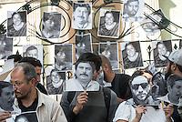 Protestan en la representación de Veracruz por Anabel Flores