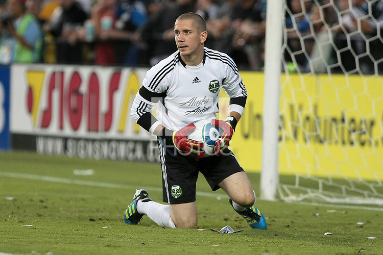 Portland Timbers goalkeeper Troy Perkins (1) controls the ball during the San Jose Earthquakes 1-1 tie with the Portland Timbers. Mandatory Credit: Kelley L Cox / KelleyLCox.com
