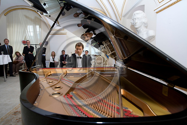 POZNAN - POLAND - 3 JUNE 2008 -- Piotr ZUKOWSKI, a rising star of Polish classical piano, plays at the White Hall of Poznan City Hall.  Photo: Erik Luntang/EUP-IMAGES