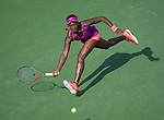 Sloane Stephens (USA) Defeats Jamie Hampton (USA) 6-1, 6-3