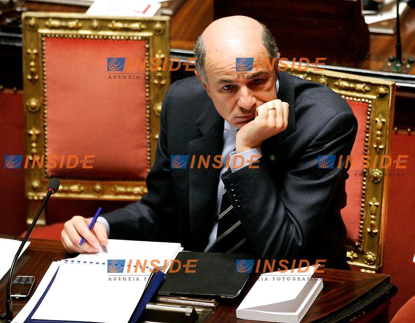 corrado passera..Roma 17/11/2011 Senato. Voto di Fiducia al nuovo Governo Monti. ..Photo Samantha Zucchi Insidefoto ..