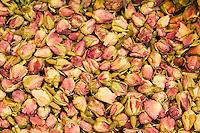 Europe/Turquie/Istanbul :Boutons de roses pour les infusions,  Le Bazar aux épices