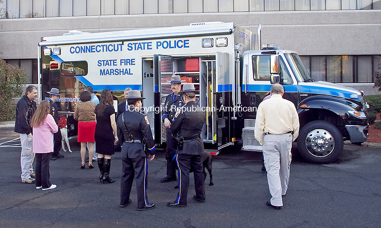 MIDDLETOWN CT.-26 OCTOBER 2010 102610DA02- A new state police arson investigation van which is equipped with state-of-the art  equipment was on display at  the State police headquarters in Middletown on Tuesday.<br /> Republican-American   Darlene Douty
