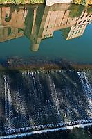 Europe/France/Midi-Pyrénées/81/Tarn/Gaillac: Reflet de l'abbaye Saint-Michel  X° siècle dans le tarn