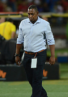 MEDELLÍN -COLOMBIA-12-09-2015. Carlos Quintero técnico del Cúcuta Deportivo durante partido con Independietne Medellin por la fecha 12 de la Liga Águila II 2015 jugado en el estadio Atanasio Girardot de la ciudad de Medellín./ Carlos Quintero coach of Cucuta Deportivo gestures  during match against Independiente Medellin  for the 12th date of Aguila League II 2015 played at Atanasio Girardot stadium in Medellin city. Photo: VizzorImage/León Monsalve/Str