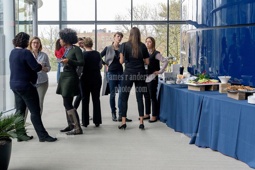Yale School of Management Executive Education - Women's Leadership Program   Morning Break April 20, 2017