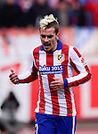 Atletico Madrid's French midfielder Antoine Griezmann during the Spanish league football match Club Atletico de Madrid vs Real Madrid CF at the Vicente Calderon stadium in Madrid on February 7, 2015.          PHOTOCALL3000/ DP