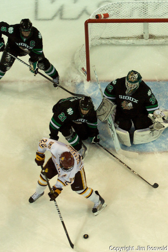 30 Dec 2010: University of Minnesota Duluth play host to the University of North Dakota in the Inangural Game at Amsoil Arena in Duluth, MN.