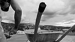 Comunidade de Jerusalém, município de Rubim na região do baixo Jequitinhonha, Norte de Minas Gerais. Nessa região é possível encontrar três tipos de biomas: caatinga, cerrado e mata atlântica. A ASA Brasil, Articulação no Semiárido Brasileiro, tem implementado em diversas comunidades no Norte de Minas o Programa Uma Terra e Duas Águas (P1+2) e o Programa Um Milhão de Cisternas (P1MC) que tem como objetivo viabilizar a captação e armazenamento de água de chuva nessas comunidades para consumo humano, criação de animais e produção de alimentos. Entre os parceiros para implementação dos projetos tem destaque na região a Cáritas Diocesana de Almenara.Mutirão para construção de calçadão, também conhecido como terreirão.