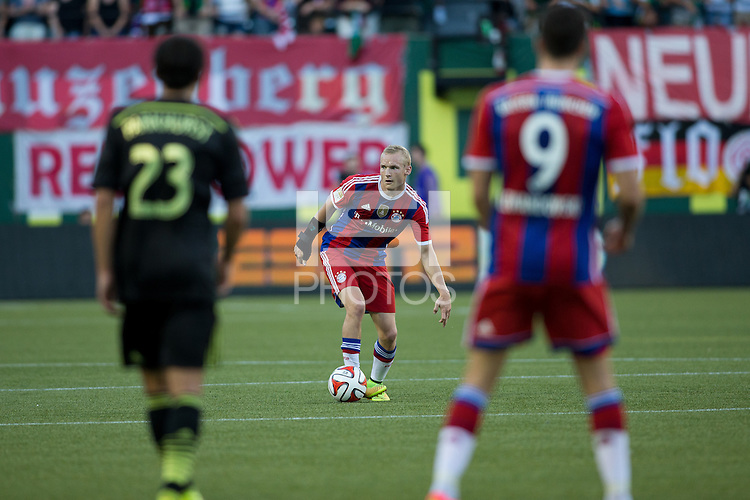 Portland, Oregon - Wednesday, August 6, 2014: The Major League Soccer (MLS) All-Stars defeated FC Bayern Munich 2-1 at Providence Park.