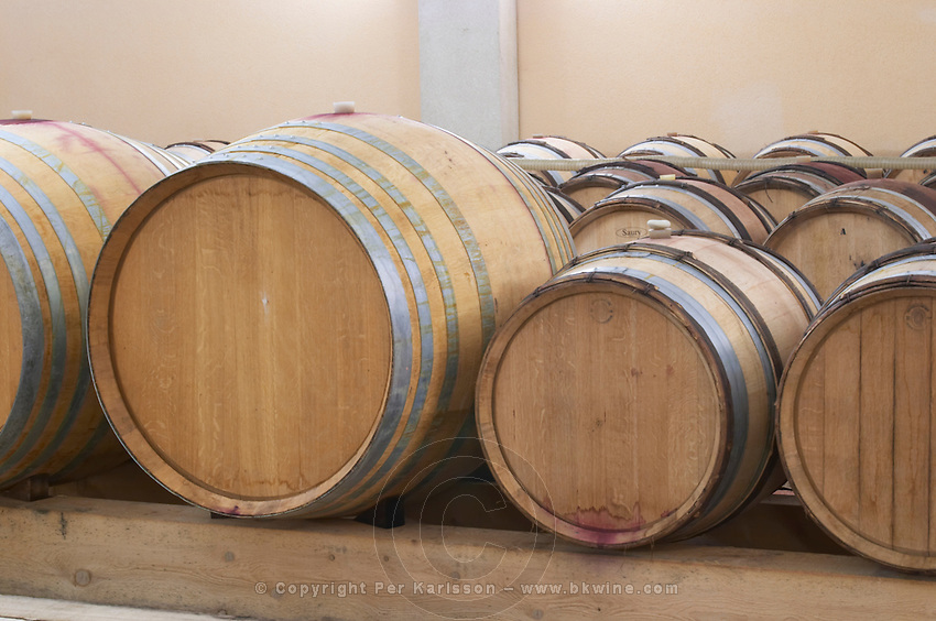 demi-muid and barrique barrels barrel aging cellar dom g robin crozes hermitage rhone france