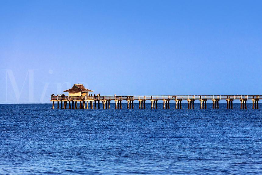 Naples Municipal Beach & Fishing Pier.