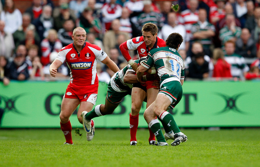 Photo: Richard Lane/Richard Lane Photography. Gloucester Rugby v Leicester Tigers. Guinness Premiership. 07/09/2008. Gloucester's Matthew Watkins attacks.