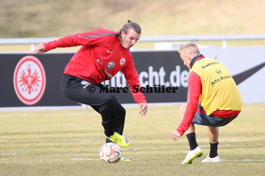 Alex Meier gegen Sonny Kittel  - Eintracht Frankfurt Training, Commerzbank Arena