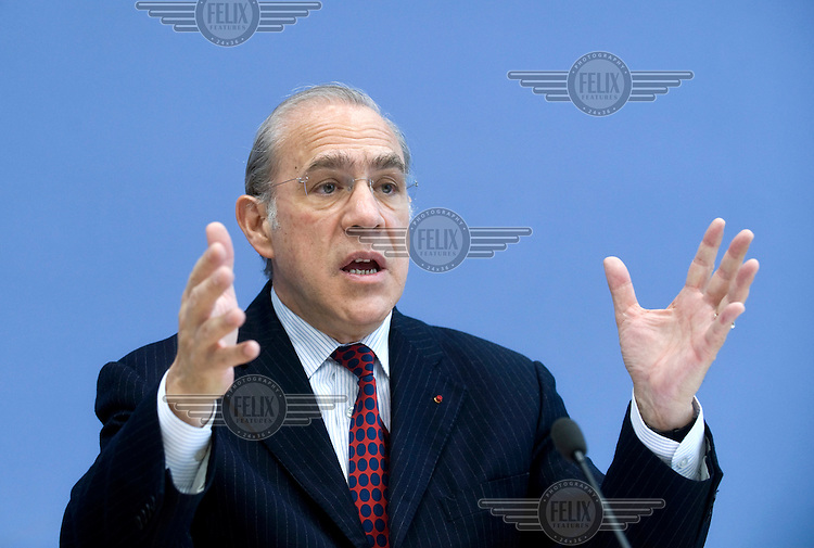 Angel Gurria, Secretary-General of the OECD (Organisation for Economic Co-operation and Development) at a press conference launching the Report For Germany 2008..