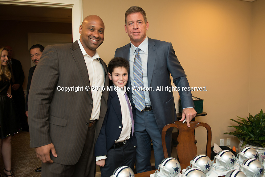 Special guest Troy Aikman at Touchdown for TEACH