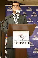 ATENCAO EDITOR: FOTO EMBARGADA PARA VEICULOS INTERNACIONAIS<br /> SAO PAULO, SP, 01 OUTUBRO 2012 - Rodrigo Garcia secretario do estado de desenvolvimento Social de Sao Paulo durante comemoracao do Dia Internacional do Idoso no CRI (Centro de Referencia do Idoso), na zona norte da capital - Sao Paulo SP<br /> FOTO: POLINE LYS - BRAZIL PHOTO PRESS