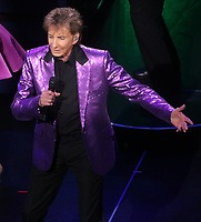 NEW UYORK, NY - AUGUST 4: Barry Manilow at the Lunt-Fontaine Theater during his Manilow on Broadway show In New York City on August 4, 2019. Credit: John Barrett/PHOTOlink/MediaPunch