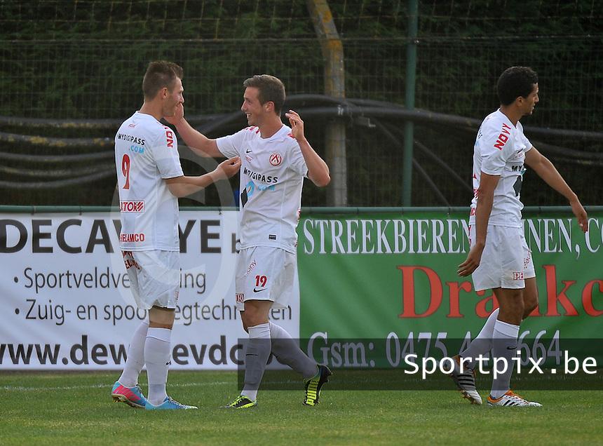 KV Kortrijk - KSV Roeselare : Brecht Dejaegere scoort en viert zijn doelpunt met Teddy Chevalier (links)<br /> foto VDB / Bart Vandenbroucke