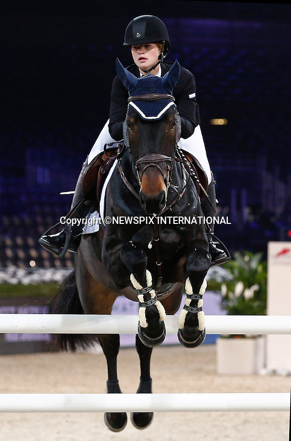 4.12.2014; Paris, France: JENNIFER GATES<br /> Bill Gates' 18-year-old daughter, participates in the Masters Grand Slam competition, the Gucci Paris Masters 2014 at Paris Nord Villepinte.<br /> Mandatory Credit Photos: &copy;Huitel-Crystal/NEWSPIX INTERNATIONAL<br /> <br /> **ALL FEES PAYABLE TO: &quot;NEWSPIX INTERNATIONAL&quot;**<br /> <br /> PHOTO CREDIT MANDATORY!!: NEWSPIX INTERNATIONAL(Failure to credit will incur a surcharge of 100% of reproduction fees)<br /> <br /> IMMEDIATE CONFIRMATION OF USAGE REQUIRED:<br /> Newspix International, 31 Chinnery Hill, Bishop's Stortford, ENGLAND CM23 3PS<br /> Tel:+441279 324672  ; Fax: +441279656877<br /> Mobile:  0777568 1153<br /> e-mail: info@newspixinternational.co.uk