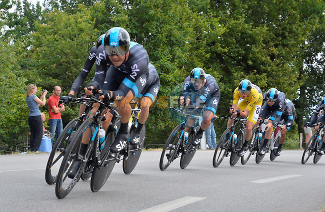 Team Sky in full flight during Stage 9 of the 2015 Tour de France a team time trial running 28km from Vannes to Plumelec, France. 11th July 2015.<br /> Photo: ASO/B.Bade/Newsfile