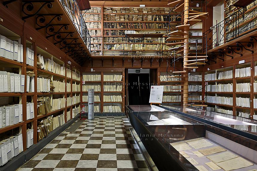 Palermo:l'archivio storico.<br /> Palermo:the old Municipal Archive