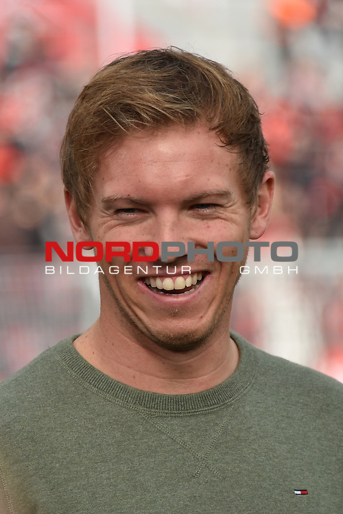 22.10.2016, BAYARENA, Leverkusen, GER, 1.FBL., Bayer 04 Leverkusen vs. TSG 1899 Hoffenheim  <br /> <br /> im Bild / picture shows: <br /> Julian Nagelsmann Cheftrainer (Hoffenheim),<br /> <br /> <br /> <br /> Foto &copy; nordphoto / Meuter