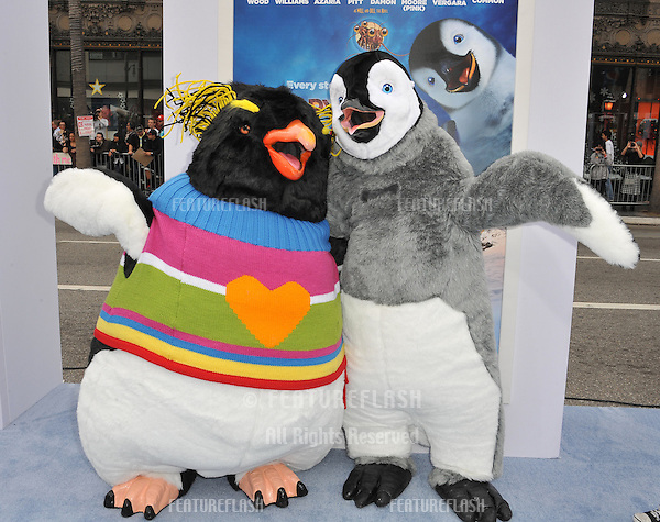 "Characters at the world premiere of ""Happy Feet Two"" at Grauman's Chinese Theatre, Hollywood..November 13, 2011  Los Angeles, CA.Picture: Paul Smith / Featureflash"