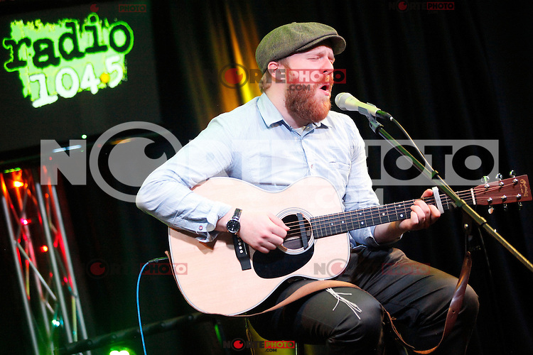 BALA CYNWYD, PA - DECEMBER 4 :  Alex Clare visits Radio 104.5's iHeart Radio Performance Theater in Bala Cynwyd, Pa on December 4, 2012  © Star Shooter / MediaPunch Inc ©/NortePhoto /NortePhoto© /NortePhoto /NortePhoto