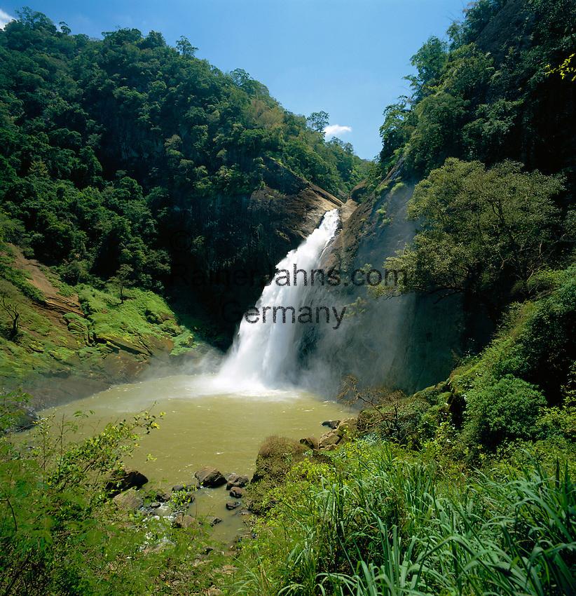 Sri Lanka, near Badulla (capital of Province Uva): Dunhinda Falls | Sri Lanka, bei Badulla (Hauptstadt der Provinz Uva): Dunhinda Falls