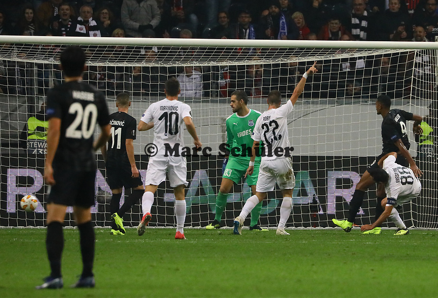 goal, Tor zum 2:0 für von Sebastien Haller (Eintracht Frankfurt) per Kopfball - 25.10.2018: Eintracht Frankfurt vs. Apollon Limassol FC, Commerzbank Arena, Europa League 3. Spieltag, DISCLAIMER: DFL regulations prohibit any use of photographs as image sequences and/or quasi-video.
