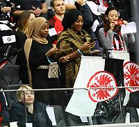 Fans von Eintracht Frankfurt - 18.04.2019: Eintracht Frankfurt vs. Benfica Lissabon, UEFA Europa League, Viertelfinale, Commerzbank ArenaDISCLAIMER: DFL regulations prohibit any use of photographs as image sequences and/or quasi-video.