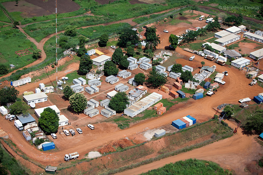 28 may 2010 - Western Equatoria, South Sudan - Aerial view of UN compound in Maridi, South Sudan. Photo credit: Benedicte Desrus