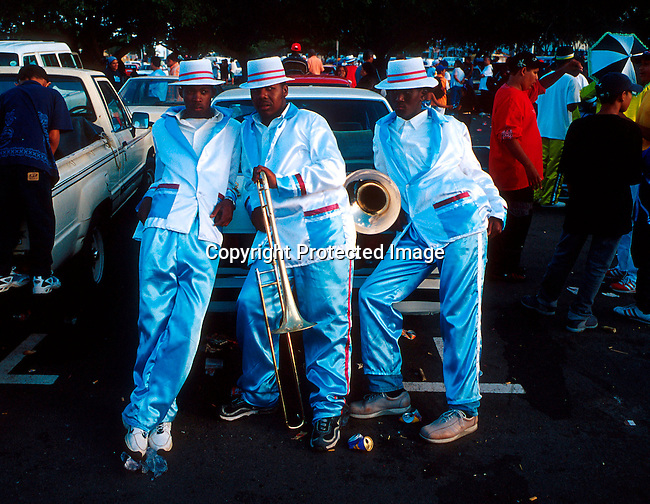 "dippcoo00057 .People. Coons.  Cape Minstrels CAPE TOWN, SOUTH AFRICA - JANUARY 2: Unidentified participans during the yearly ""Coon Carnival"" on January 2, 2003 in Cape Town, South Africa. The carnival performers are primarily mixed-race, or colored people and the carnival began in the early 19th century when slave bands played friendly competition during the annual Jan. 2 slave holiday. The parade has become a popular tourist attraction and the colorful floats are competing at a local stadium for days for the best costumes and performances..©Per-Anders Pettersson/ iAfrika Photos.."