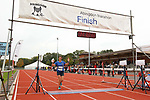 2015-10-18 Abingdon Marathon 38 SB finish r