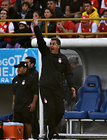 BOGOTA - COLOMBIA - 28 - 01 - 2018: Jorge Da Silva, técnico de America de Cali, durante partido entre Independiente Santa Fe y America de Cali, por el Torneo Fox Sports 2018, jugado en el estadio Nemesio Camacho El Campin de la ciudad de Bogota. / Jorge Da Silva, coach of America de Cali, during a match between Independiente Santa Fe y America de Cali, for the Fox Sports Tournament 2018, played at the Nemesio Camacho El Campin stadium in the city of Bogota. Photo: VizzorImage / Luis Ramirez / Staff.