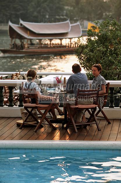 "Thaïlande/Bangkok: A la terrasse de l'hôtel ""Oriental"""