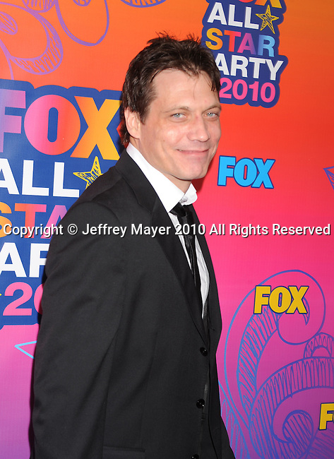 SANTA MONICA, CA. - August 02: Holt McCallany arrives at the FOX 2010 Summer TCA All-Star Party at Pacific Park - Santa Monica Pier on August 2, 2010 in Santa Monica, California.