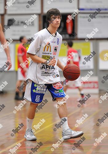11-11-05 / Basketbal / seizoen 2011-2012 / Kangoeroes Boom / Sam Hemeleers..Foto: Mpics