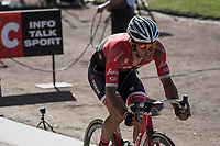 Jasper Stuyven (BEL/Trek-Segafredo) sprints towards the lead group on the legendary Roubaix velodrome with 1 last lap to go<br /> <br /> 115th Paris-Roubaix 2017 (1.UWT)<br /> One Day Race: Compiègne › Roubaix (257km)