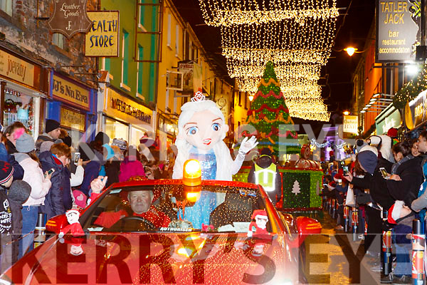 Elsa driven by Paudie O'Donoghue leads the Kiilarney Christmas parade through the packed streets  on Saturday night