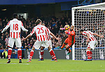 Stoke's Lee Grant pulls off an early save during the Premier League match at Stamford Bridge Stadium, London. Picture date December 31st, 2016 Pic David Klein/Sportimage