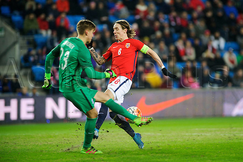 29.03.2016 Ullevaal Stadion, Oslo, Norway. International football freindly, Norway versus Finland. Stefan Johansen scores Norways goal for 2-0 past Finlands keeper Jesse Joronen