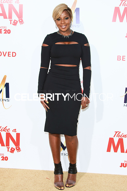 HOLLYWOOD, LOS ANGELES, CA, USA - JUNE 09: Mary J. Blige at the Los Angeles Premiere Of Screen Gems' 'Think Like A Man Too' held at the TCL Chinese Theatre on June 9, 2014 in Hollywood, Los Angeles, California, United States. (Photo by David Acosta/Celebrity Monitor)
