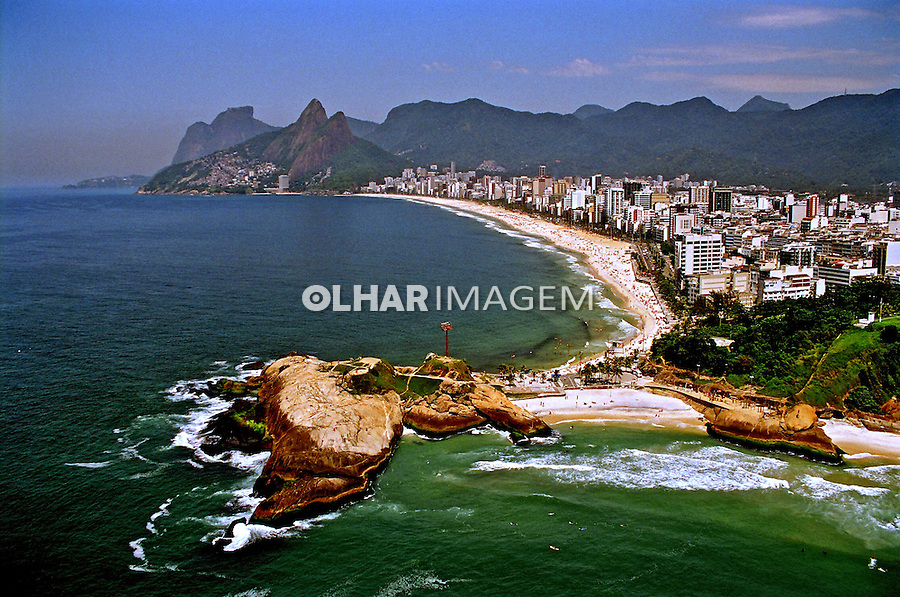 Aerea da Praia do Arpoador, Ipanema e Leblon. Rio de Janeiro. 2008. Foto de Alberto Viana.